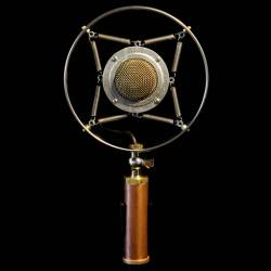 Ear Trumpet Labs Myrtle Microphone